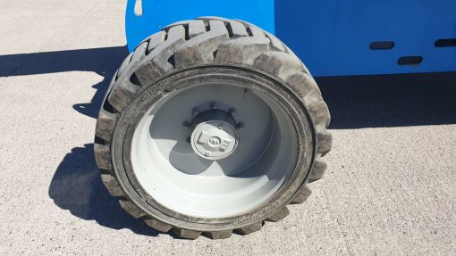 Genie S65-368HP RR Wheel Genie S65 Diesel Telescopic Boom for sale