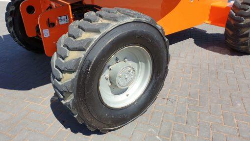 JLG 660SJ LF Wheel - JLG 660SJ for sale from Height Platforms - www.heightplatforms.ie