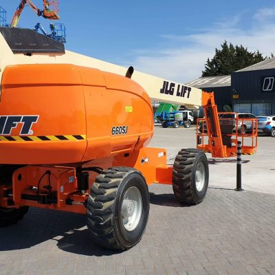 JLG 660SJ Left rear side - JLG 660SJ for sale from Height Platforms - www.heightplatforms.ie