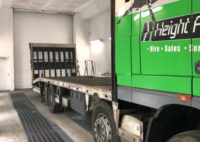 Height Platforms Delivery Lorry before 3 400x284 - Height Platforms' Delivery Lorry
